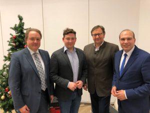 Spitzenteam der CSU hat ein gemeinsames Ziel: Fördermittel für die Sanierung des Landshuter Eisstadions